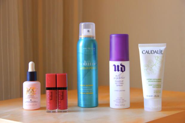 The Body Shop Serum, Bourjois Velvet, John Frieda Dry Shampoo, Urban Decay spray, Caudalie Exfoliator